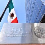 Los contratos de un exfuncionario perjudican los derechos de trabajadores del IMSS